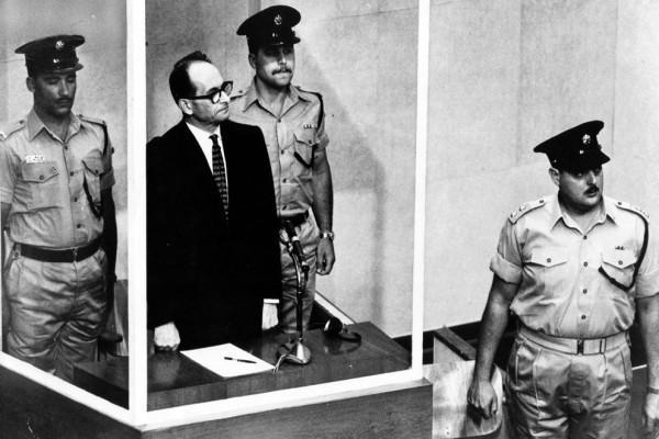 15 декабря 1961 Эйхману зачитали смертный приговор