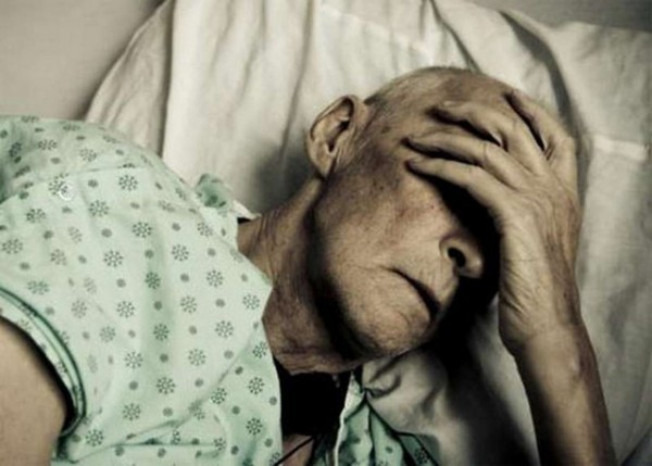 Может ли бабушка взять больничный лист по уходу