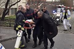 В Париже расстреляли редакцию журнала, публиковавшего карикатуры на пророка Мухаммеда