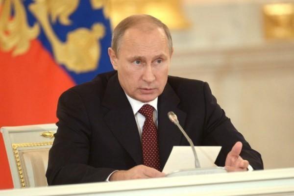 Владимир Путин поздравил православных христиан с Рождеством