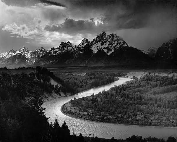 Титоны и река Снейк. Фото Энсела Адамса (1942 г.)
