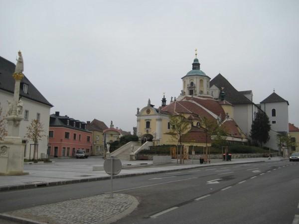 Городская церковь в Айзенштадте, где похоронен Гайдн