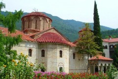 В Болгарии ограблен знаменитый Бачковский монастырь