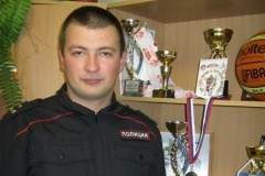 Пермский полицейский спас беременную женщину и ребенка из горящей машины