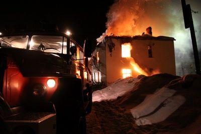 76–летний пенсионер в Архангельской области спас детей из горящего дома