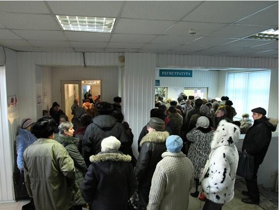 В очереди одной из брянских поликлиник скончался пенсионер