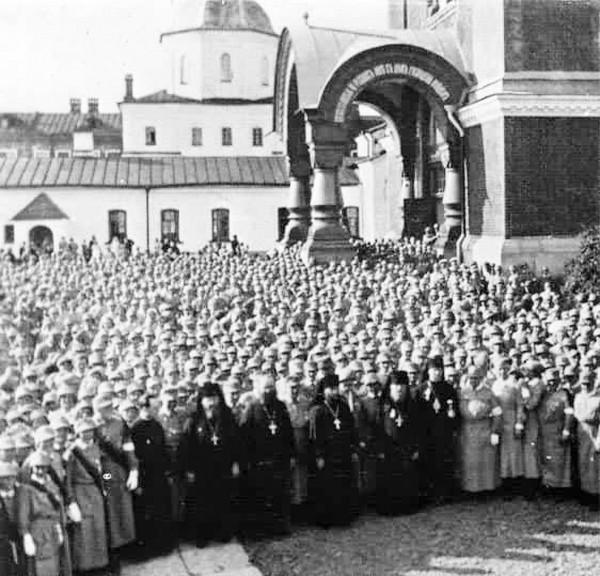 Старый Валаам. 2-я пол. 1930-х гг. Финская воинская часть, члены монастырского духовного собора