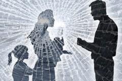 """Патриаршая комиссия по вопросам семьи: Почему мы против термина """"семейное насилие"""""""