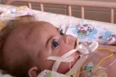 Спасённого из Славянска тяжелобольного младенца выписали из больницы