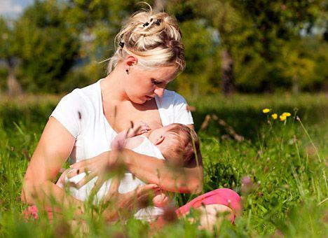 94% россиян считают главным в жизни семью и воспитание детей