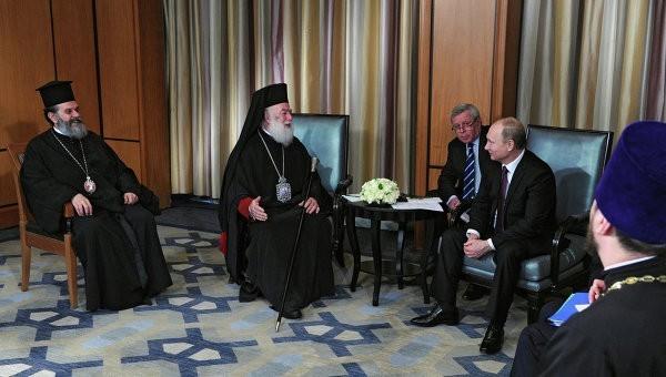 Владимир Путин и Александрийский Патриарх Феодор II обсудили сотрудничество с христианами Египта