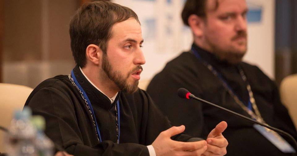 Священник Стефан Домусчи: Если батюшке доверяют людей, то можно доверить и блог