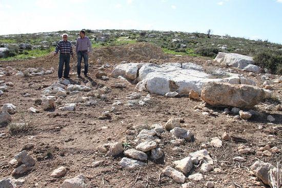 В Израиле оскверняют христианское кладбище