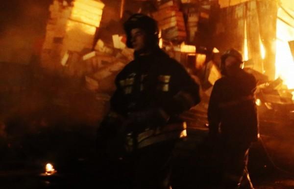 Москвич спас жильцов подъезда при пожаре, а сам попал в реанимацию