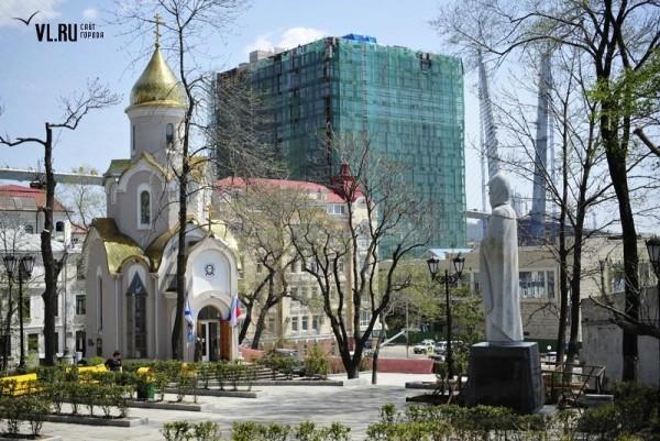Памятник Илье Муромцу во Владивостоке