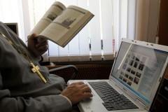 Священники в интернете – сапер ошибается только раз