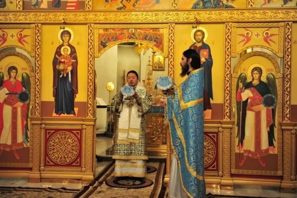 В Кызыле впервые совершили богослужение в Новый Год по лунному календарю