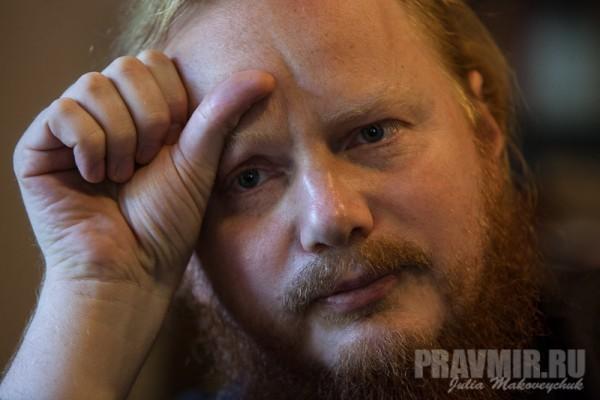 Епископ Обуховский Иона: Поведение священника в соцсети должно соответствовать его проповедям