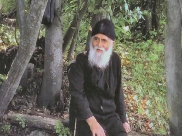 10 историй о святом старце Паисии Святогорце