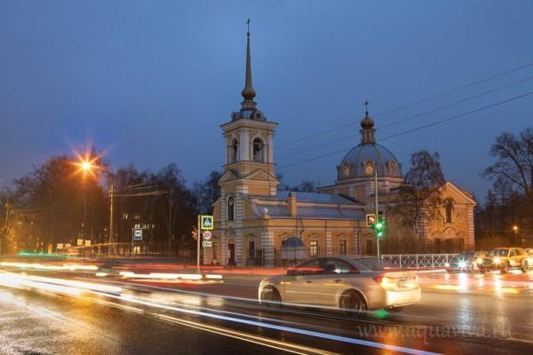 Первый храм петербургских военных