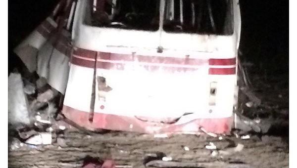 В Донецкой области рейсовый автобус подорвался на мине: 4 человека погибли, 17 ранены