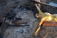 В Николаевской области вандалы срубили и сожгли поклонные кресты (+Фото)