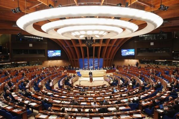 Генеральный секретарь Совета Европы обещает защитить украинских верующих от притеснений