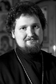Священник Максим Вараев