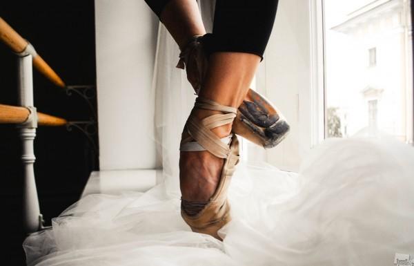 Эстетика тяжелого труда. Какова цена за уверенность и лёгкость танца балерины? Санкт-Петербург. Автор -  Анастасия Клобукова