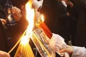 Как Благодатный огонь попал в Россию