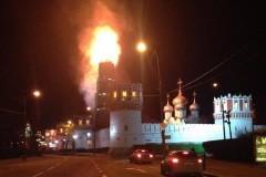В Москве горит колокольня Новодевичьего монастыря (+ Видео, фото)