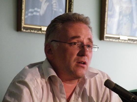 Кризисный психолог Михаил Хасьминский: Самое удивительное – запрещено писать о последствиях самоубийства