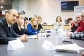 Замалчивать ли в СМИ самоубийства, — обсудили журналисты, благотворители и Роспотребнадзор