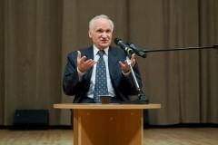 Профессор Алексей Осипов: Все больше смешиваются добро и зло