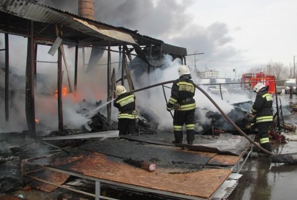 Число жертв пожара в Казани увеличилось до 11-и человек