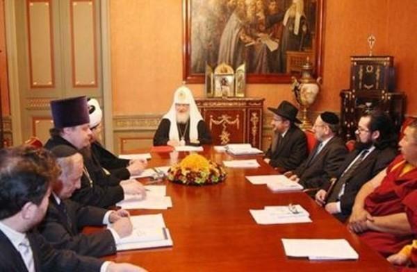 Межрелигиозный совет Церквей выступил с заявлением в связи с дискуссиями вокруг внешнего выражения религиозности