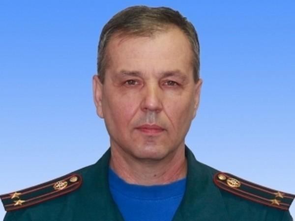 Офицер МЧС погиб, до последнего спасая людей на пожаре в Казани