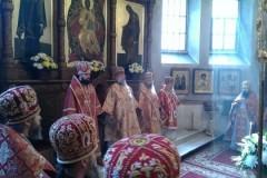 Архиепископ Горловский Митрофан: Как может быть так, что единоверные христиане друг на друга подняли руку?