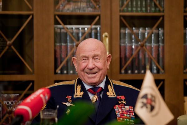 Алексей Леонов: От освоения космоса — к возрождению истории
