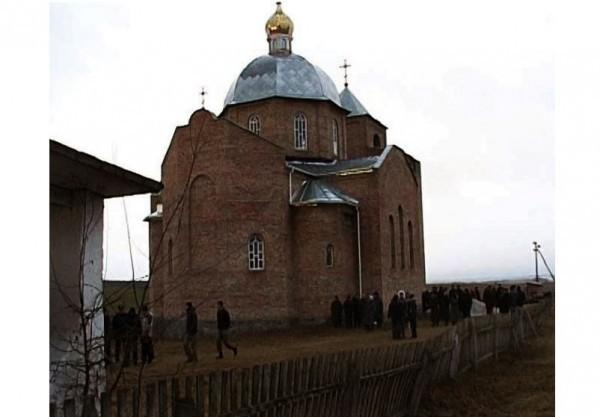 В Ровенской епархии захвачен очередной храм Украинской Православной Церкви