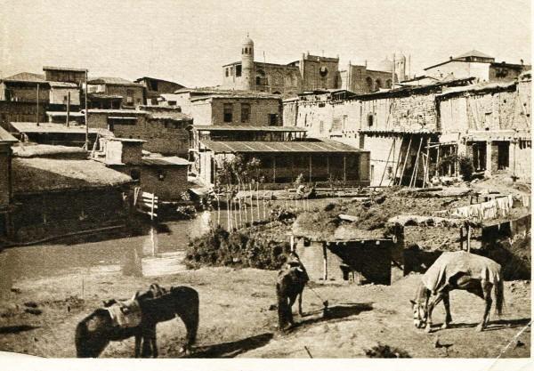 Ташкент. Глинобитные дома. Окраина Старогогорода. Начало XX века. Фото Википедия