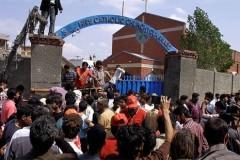 15 человек стали жертвами терактов возле церквей в Пакистане