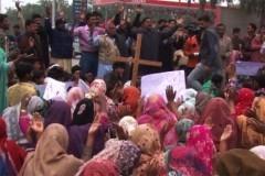 Тысячи христиан Пакистана вышли на улицы в знак протеста против терактов