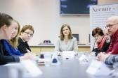Как СМИ писать о суицидах от боли: в Москве состоялся Круглый стол