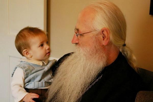 Епископ Мэйфильдский Георгий: Церковная жизнь – не черно-белая