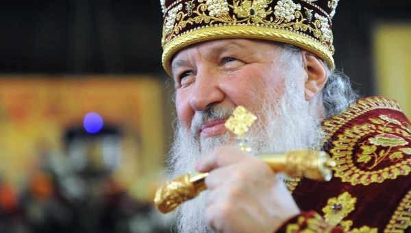 Патриарх Кирилл по видеосвязи поздравил экипаж МКС с двойным праздником