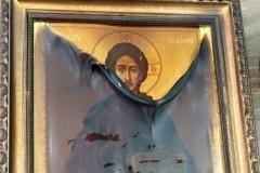 Икона Спасителя чудом уцелела во время пожара в православном храме в США на Пасху