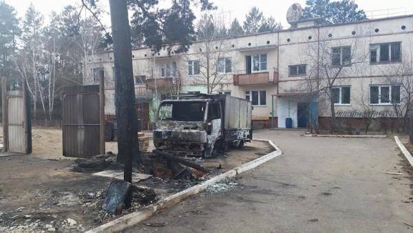 Сгоревший военный городок в Читинском районе. Фото Елены Марковой