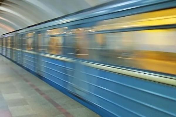 В Пасху московское и петербургское метро будут работать дольше обычного