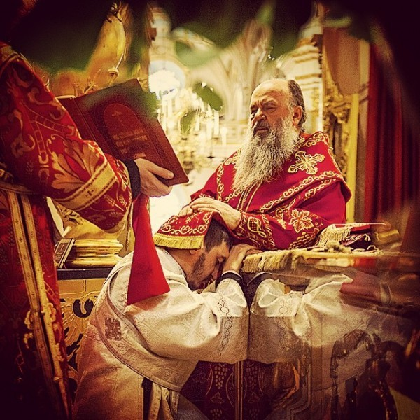mitropolia #Митрополит #Варсонофий совершил Божественную литургию в Николо-Богоявленском соборе